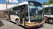 Interno 8 - Mercedes Benz carrocería Nuovobus O 500  //  Aire Acondicionado - Pantalla Informativa - Cargadores de Celular